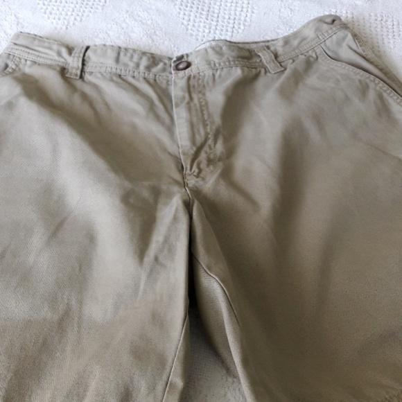 Izod Other - IZOD Shorts Size 36